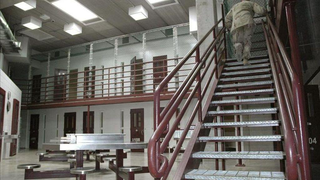 En los recursos, que fueron rechazados sin argumentación, los tres presuntos terroristas indicaban que con su detención indefinida en la bahía cubana se estaba violando la legislación internacional, y apelaban también a su derecho a recurrir su estatus actual. EFE/Archivo
