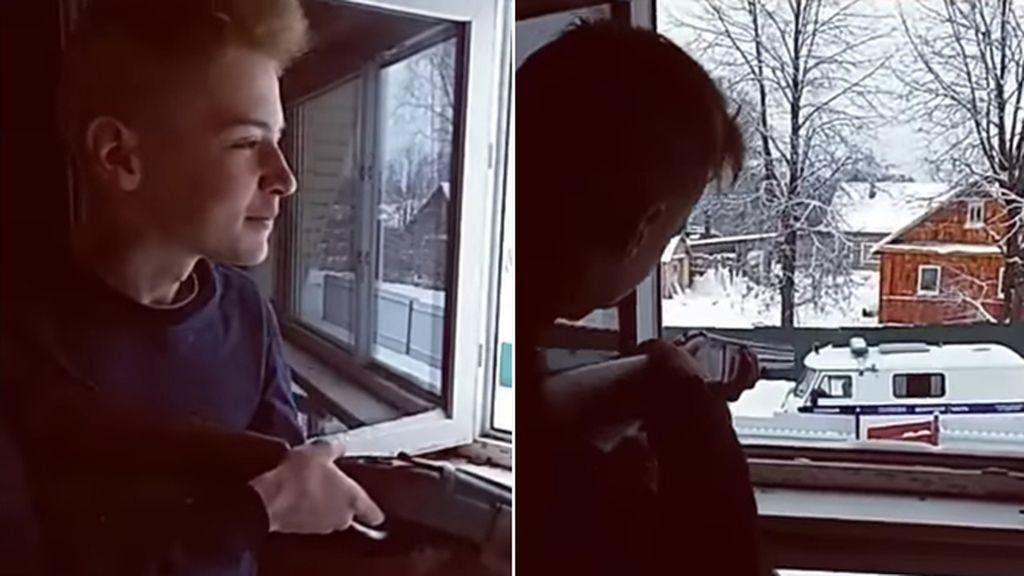 Dos adolescentes se suicidan tras atrincherarse con armas y disparar a la Policía