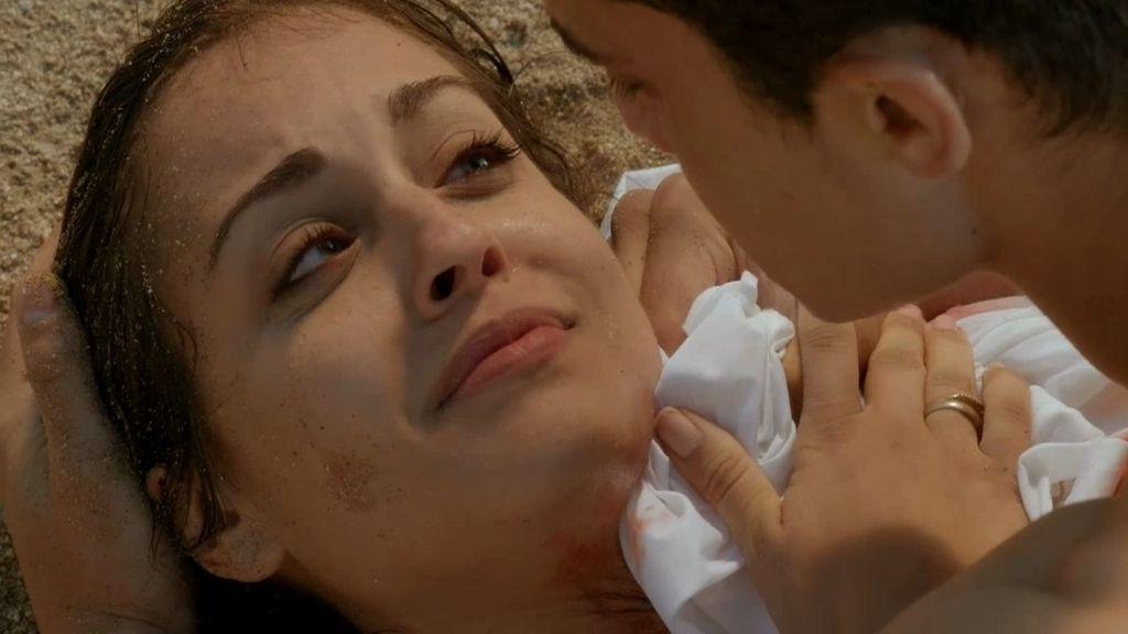 Fátima y Morey, su último beso en 'El Príncipe'