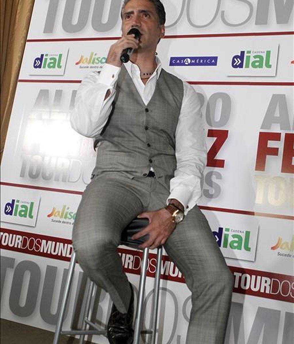 """El cantante mexicano Alejandro Fernández, durante la presentación en Madrid de su gira española, """"Tour Dos Mundos. Evolución+Transición"""". EFE/Archivo"""