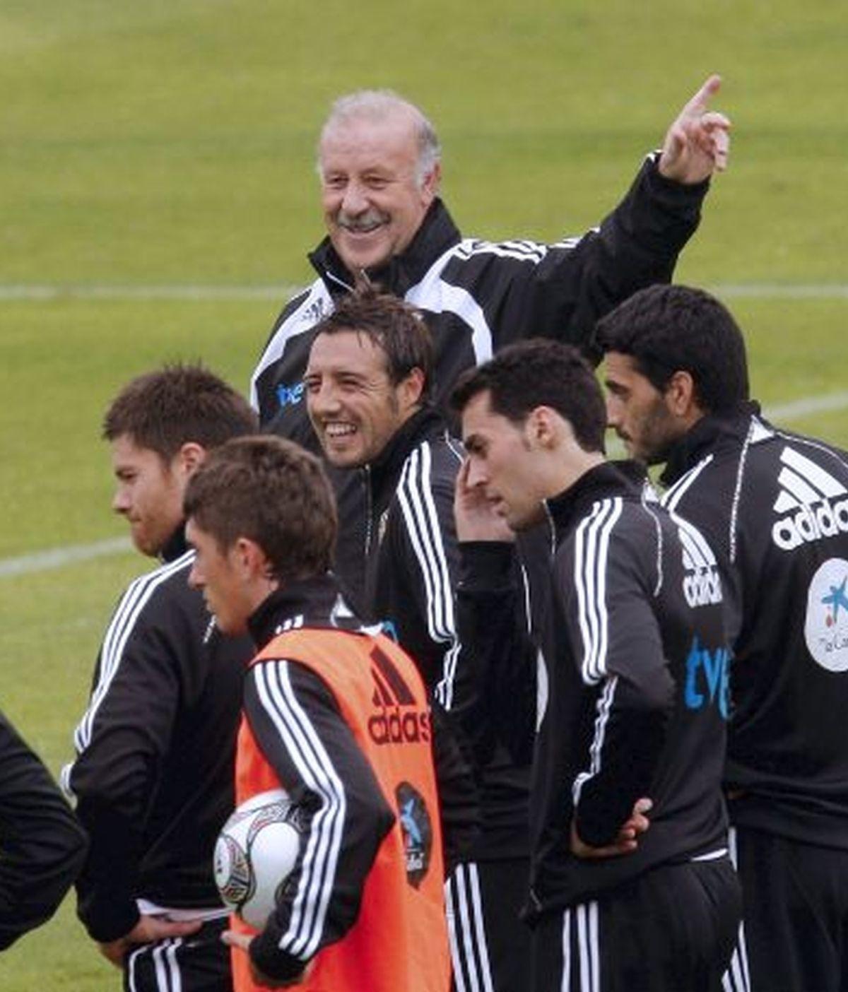 El buen ambiente preside cada entrenamiento de la Selección. Vídeo: Informativos Telecinco.