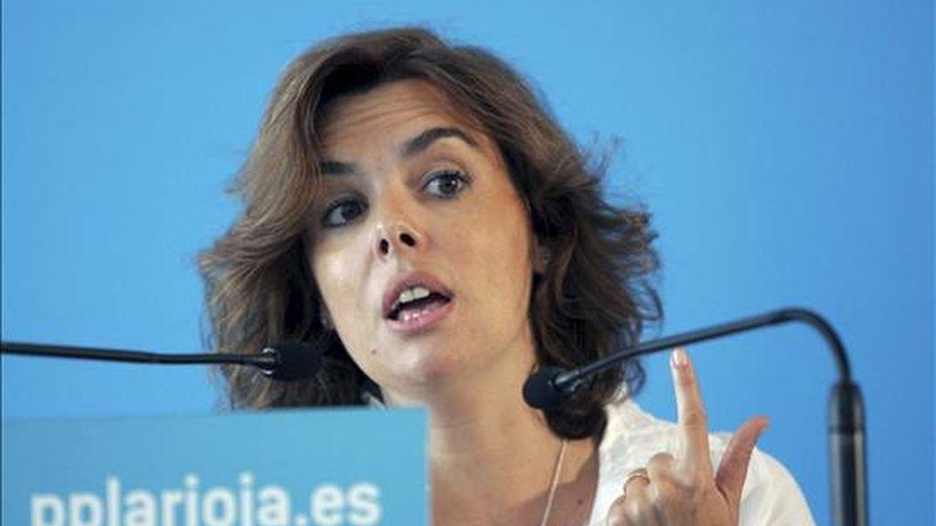 La portavoz del Grupo Popular en el Congreso de los Diputados, Soraya Saénz de Santamaría, durante su participación hoy, en la Junta Directiva Regional del PP de La Rioja. EFE