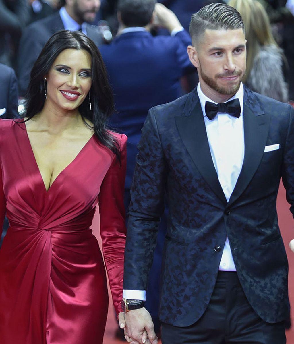 Pilar Rubio, de rojo, elegante y sexy