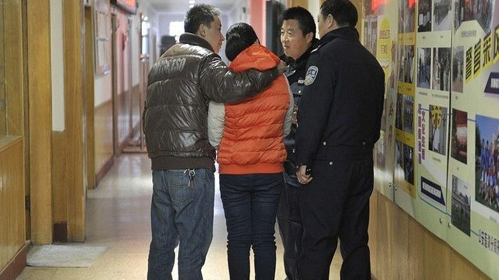 Una joven china se reencuentra con su familia 10 años después de ser raptada