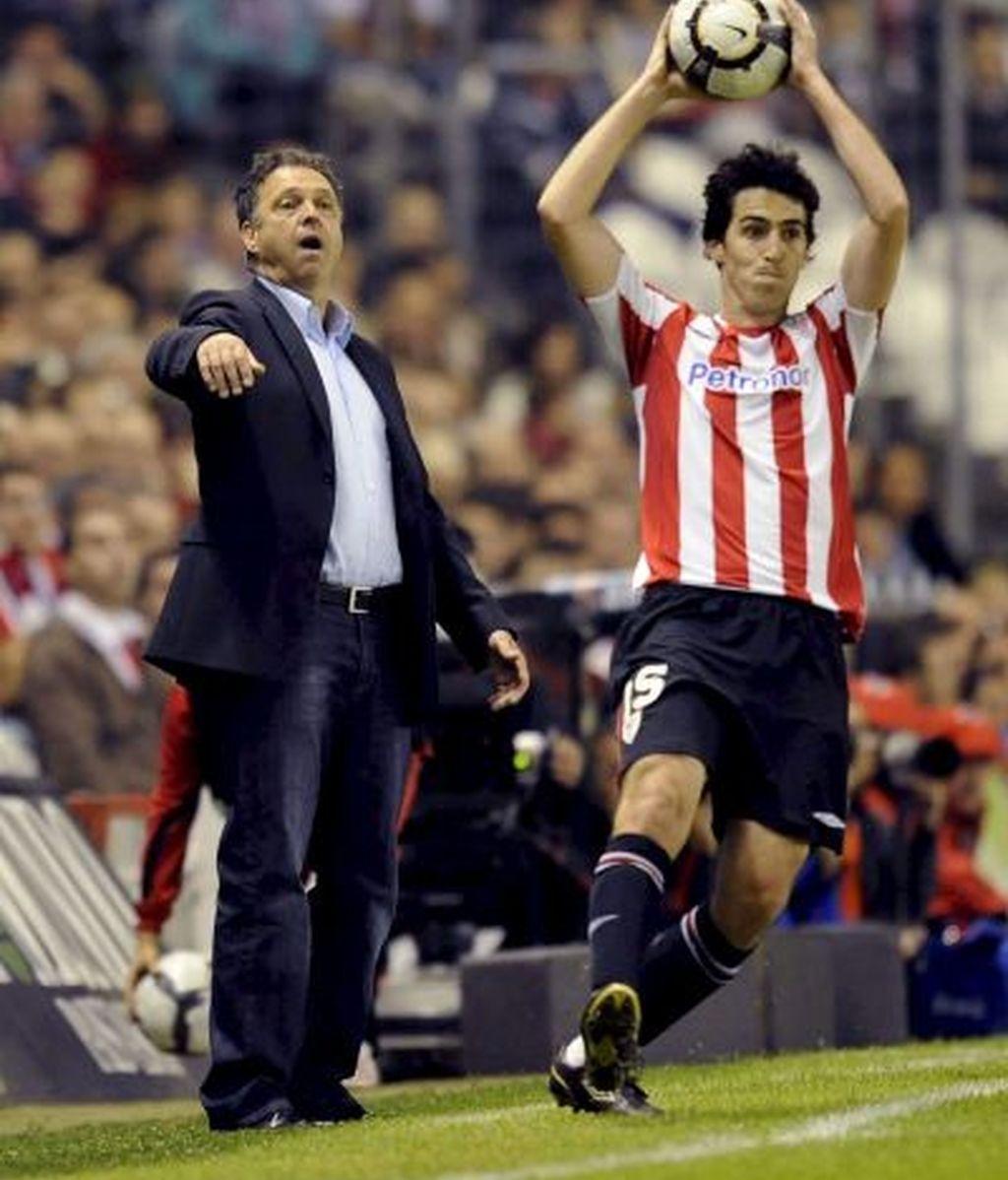 Iraola y Caparrós, durante el último encuentro liguero. FOTO: EFE.