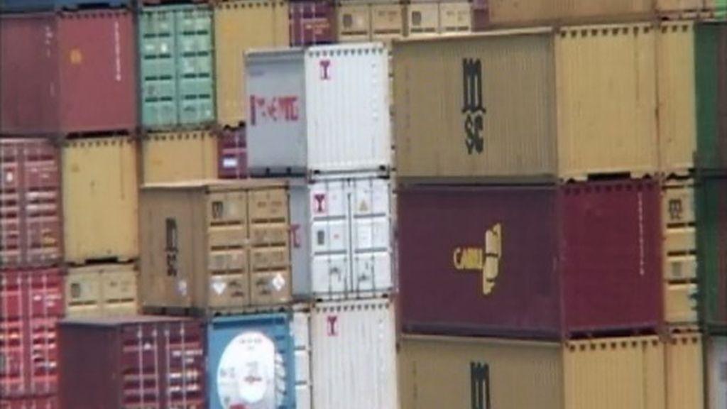 Toneladas y toneladas de productos se encuentran en los puertos