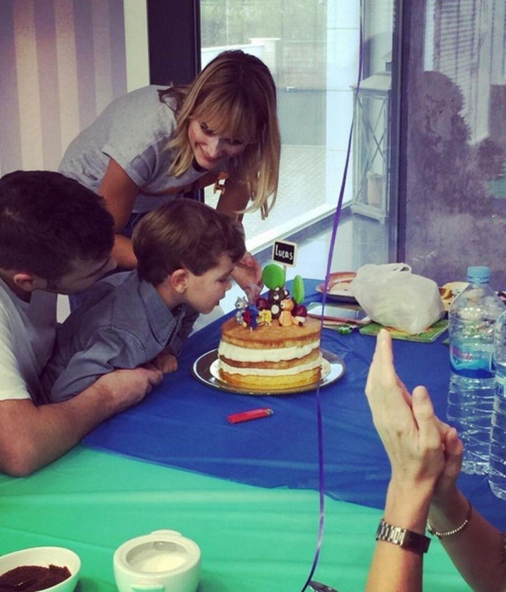 Alba Carrillo y Fonsi Nieto celebran el cumpleaños de su hijo