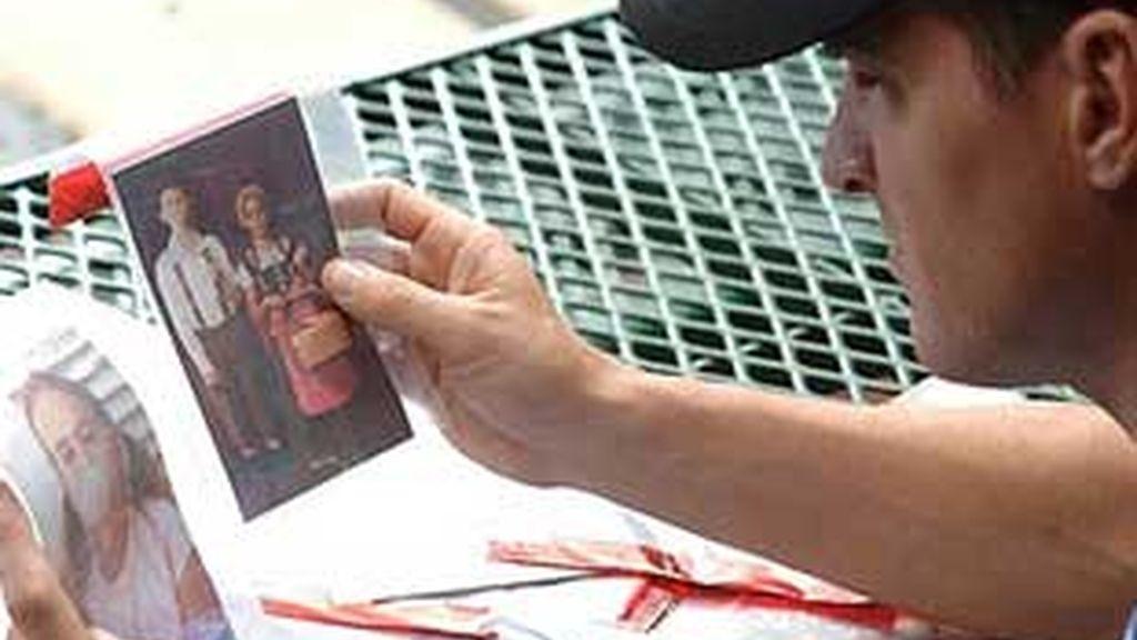 Analizan las fotos de las víctimas