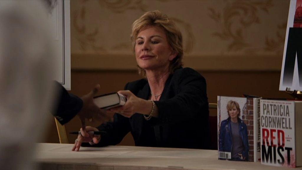 El cameo de Patricia Cornwell, en fotos