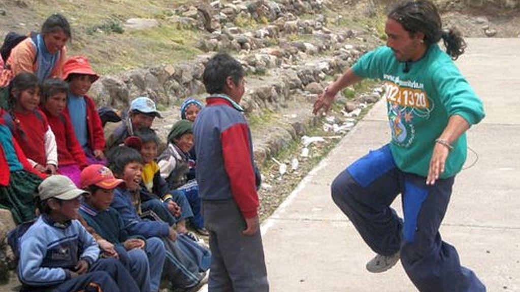 Ángel, misión humanitaria en Perú