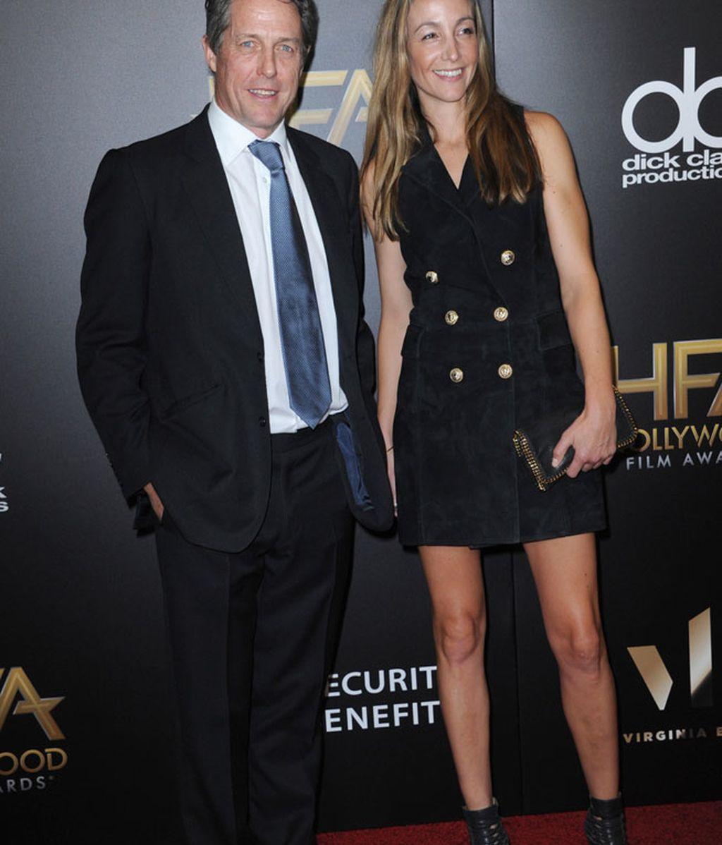 Hugh Grant acudió acompañado de su novia Anna Elisabet Eberstein