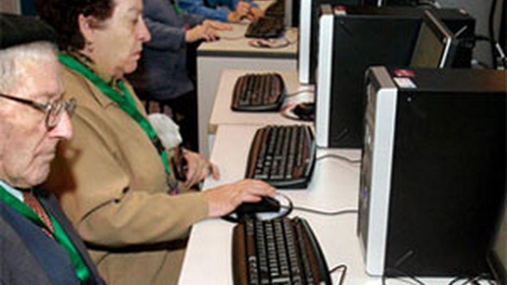 Las personas que se sometieron al estudio cambiaron los patrones de actividad cerebral y aumentaron su funcionamiento. Foto: Archivo.