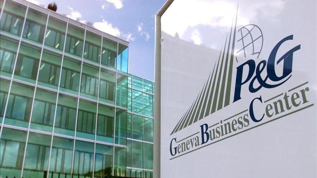 En la imagen, fachada de la empresa Procter & Gamble en Ginebra. EFE/Archivo