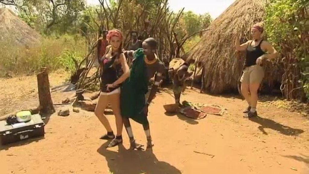 Las mujeres Suri saben hacer de todo, menos desfilar