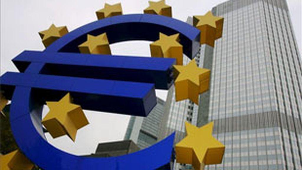 La intención de subir los tipos de interés ha sido muy criticada en algunos países. FOTO: EFE/Archivo