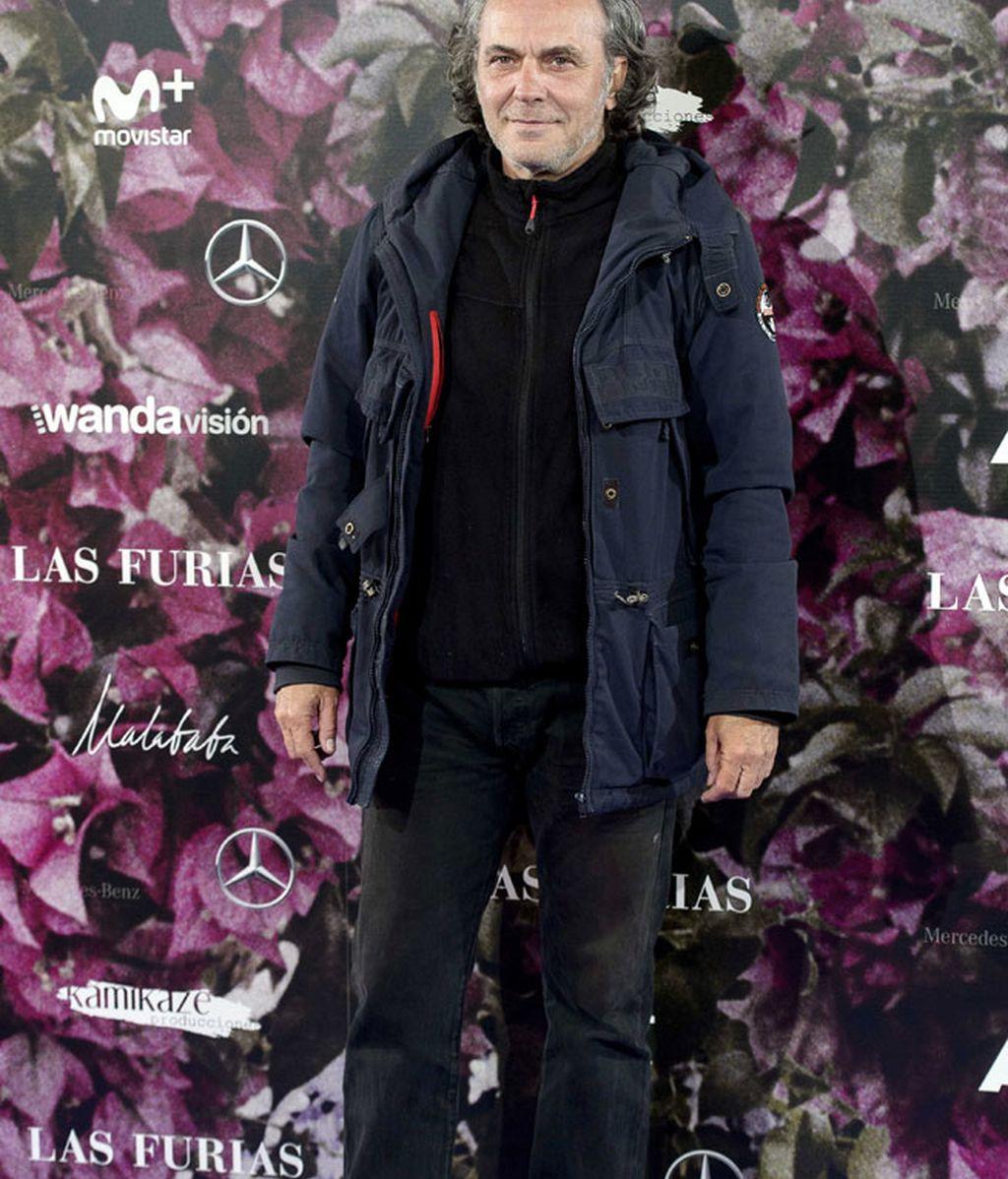 José Coronado contraataca el frío con polar y chaquetón