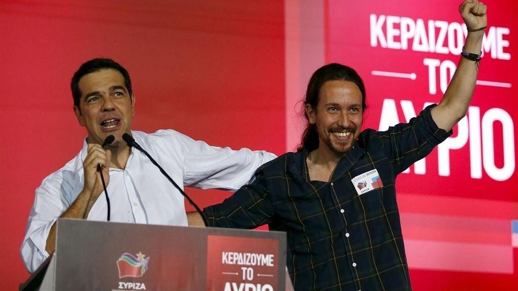"""Pablo Iglesias traslada su apoyo a Tsipras: """"Un león defendiendo a la patria de los buitres"""""""
