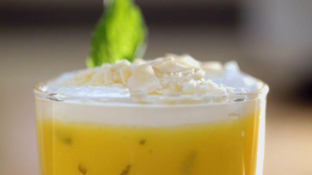 Vasitos de limón y almendras a la hierbabuena
