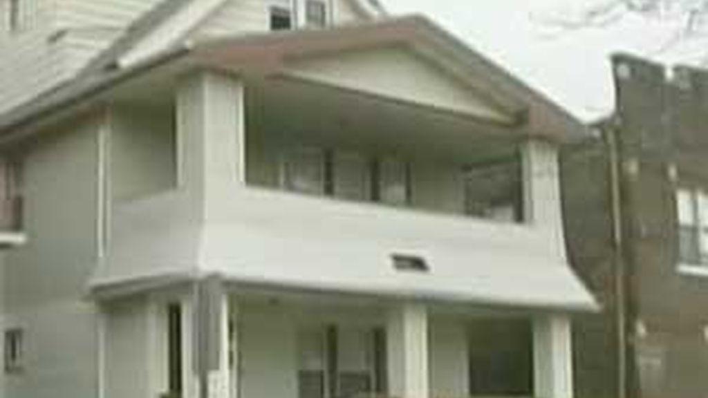 La casa está siendo investigada ladrillo a ladrillo. Foto: Timesonline.com