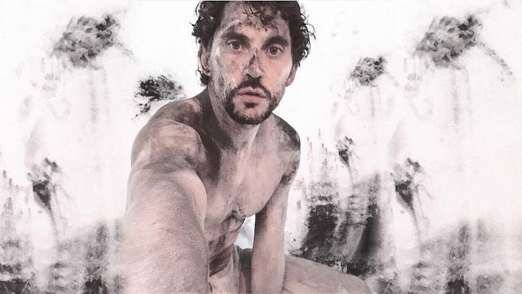 Noviembre: Paco León se hizo este selfie en mitad de una sesión de fotos 😜