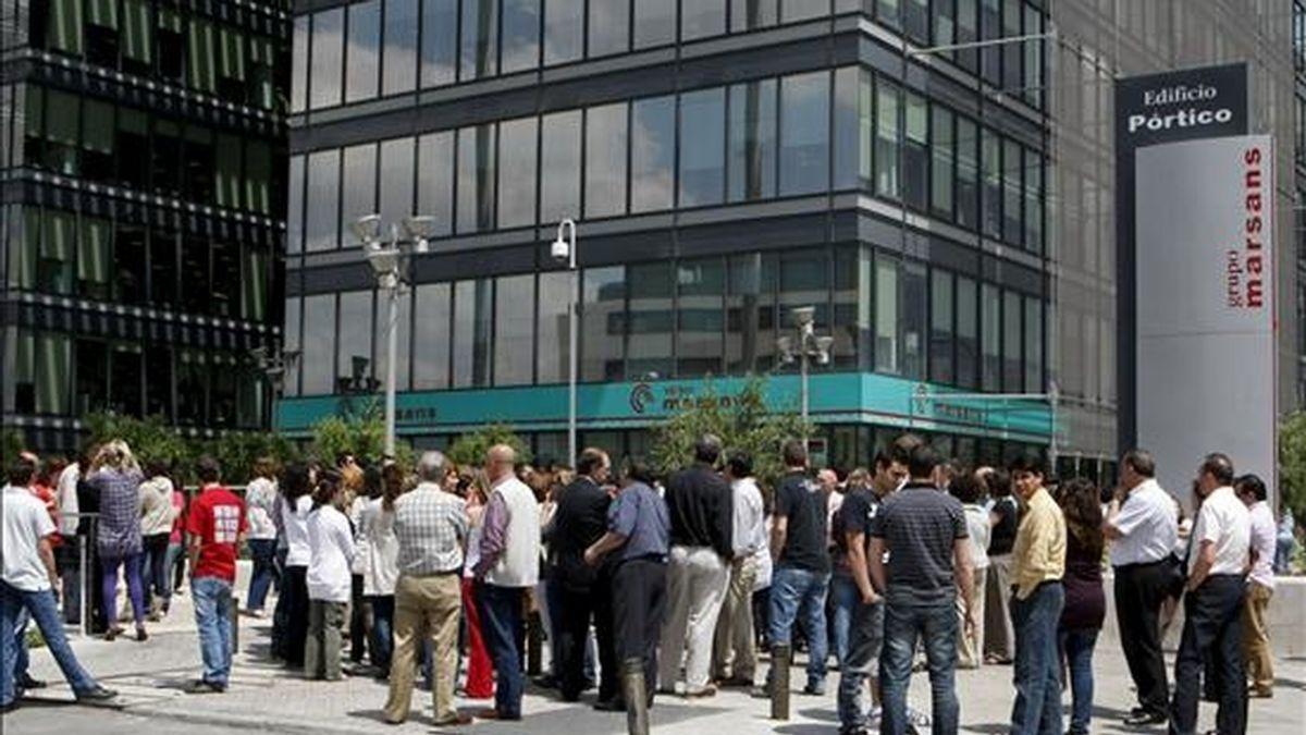Trabajadores de Marsans, durante una concentración ante la sede de la empresa en Madrid. EFE/Archivo