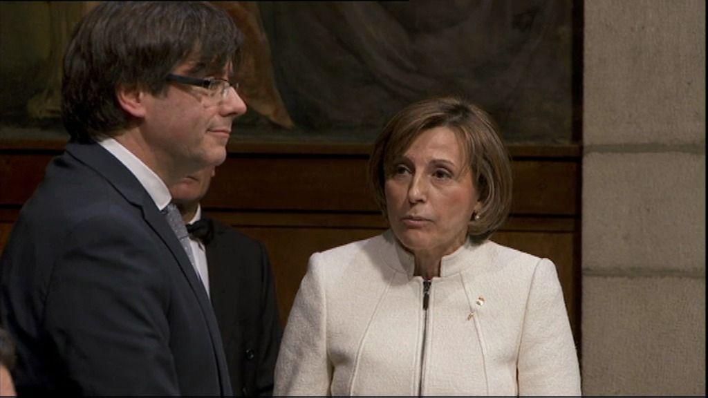 Carles Pugdemont promete su cargo sin acatar la Constitución