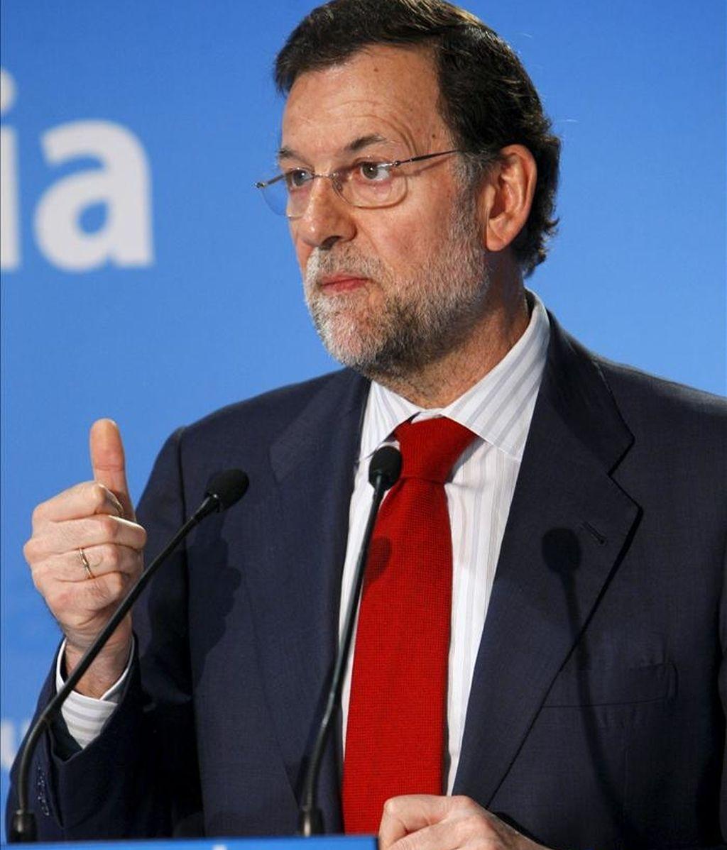 El presidente del PP, Mariano Rajoy, clausuró hoy unas jornadas sobre Europa, organizadas por esta fuerza política, en un acto en el que intervinieron ambién Alberto Ruiz Gallardón, Esperanza Aguirre y Jaime Mayor Oreja. EFE