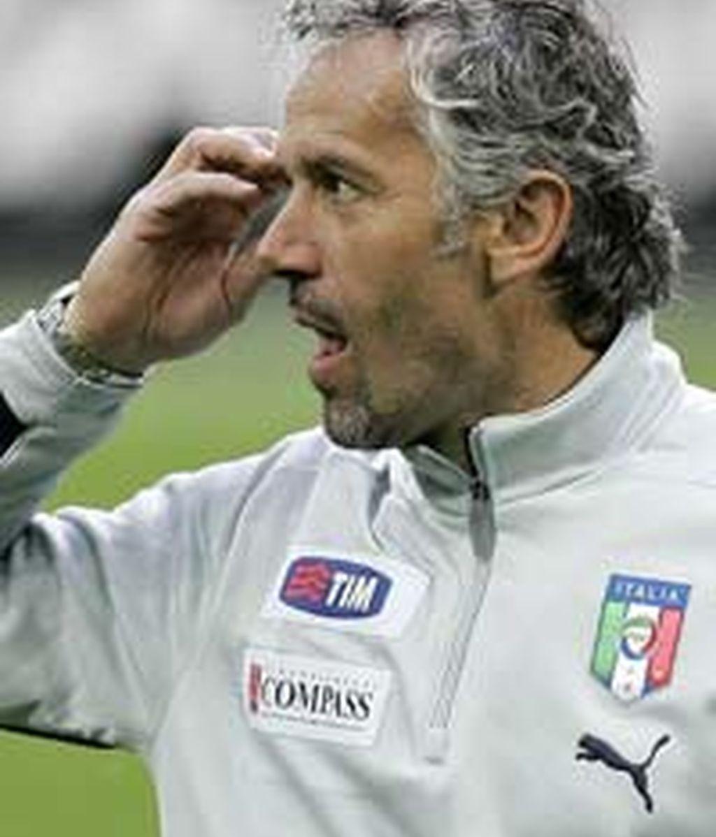 Donadoni deja el banquillo italiano.
