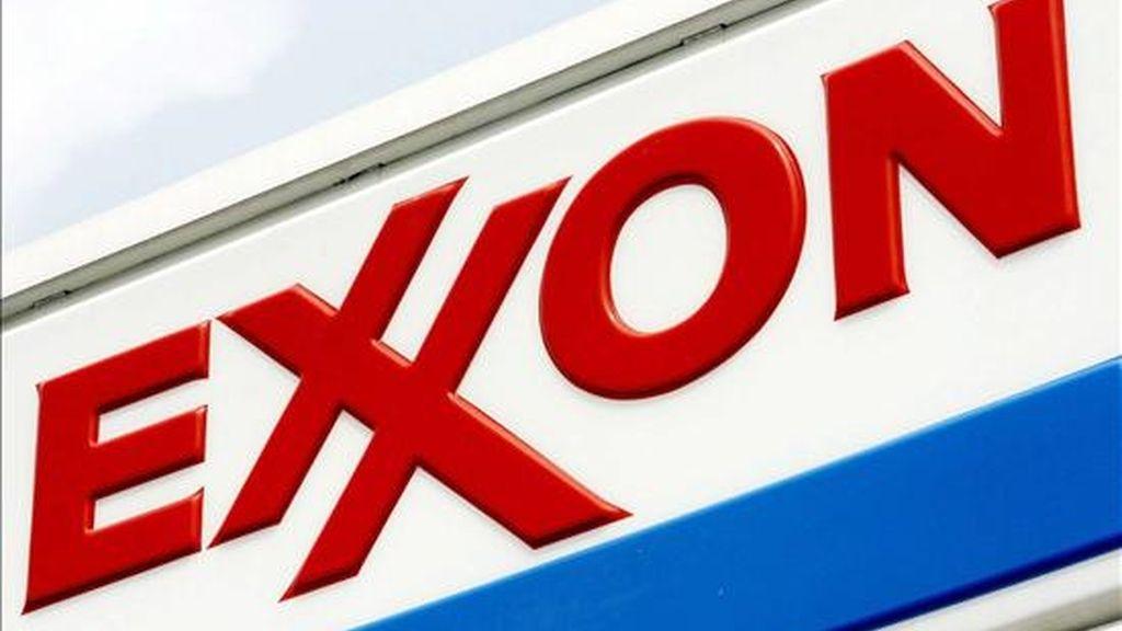 Exxon Mobile, con sede en Texas, facturó el año pasado 442.851 millones de dólares, casi un 19 por ciento más que en 2007. EFE/Archivo