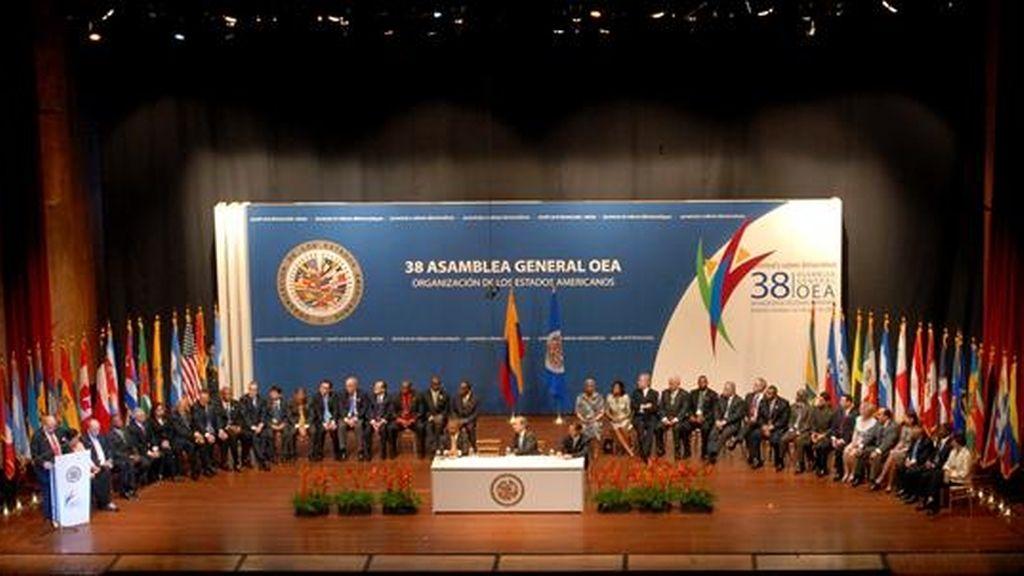 Por primera vez en casi medio siglo, la OEA debate derogar la resolución que suspendió en 1962 a Cuba de su participación en el Sistema Interamericano, tomada en plena Guerra Fría. EFE/Archivo