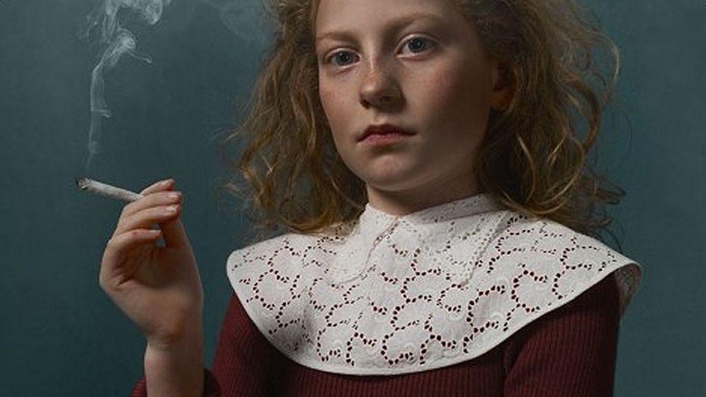 La fotógrafa belga Frieke Janssens impacta pero no acierta
