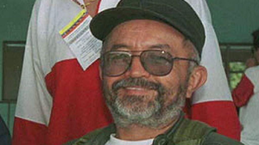 Imagen de archivo de Raúl Reyes, líder guerrillero fallecido en una ataque del Ejército colombiano. Foto: EFE