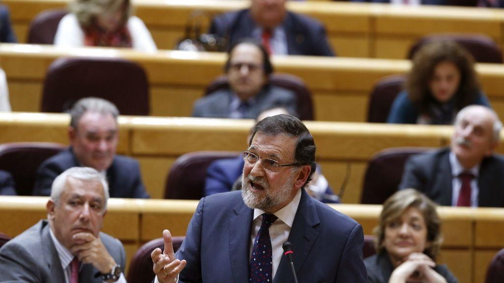 Mariano Rajoy responde a la oposición en la sesión de control