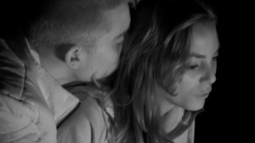 Salta la chispa: Primeras parejas entre los hijos de 'Padres lejanos'