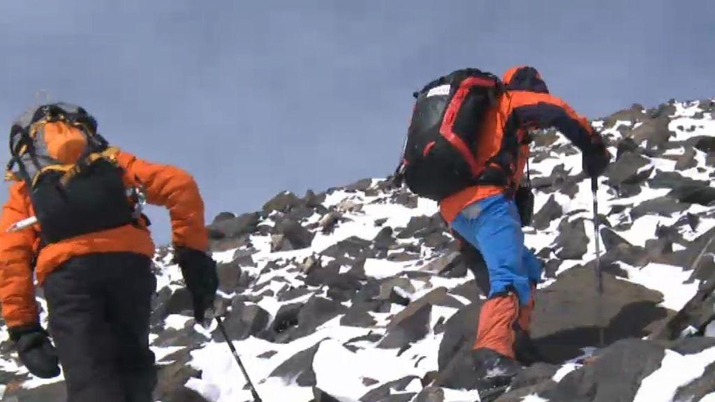 ¡Desafío conseguido! Calleja, Hubert y Valdés alcanzan la cima más alta