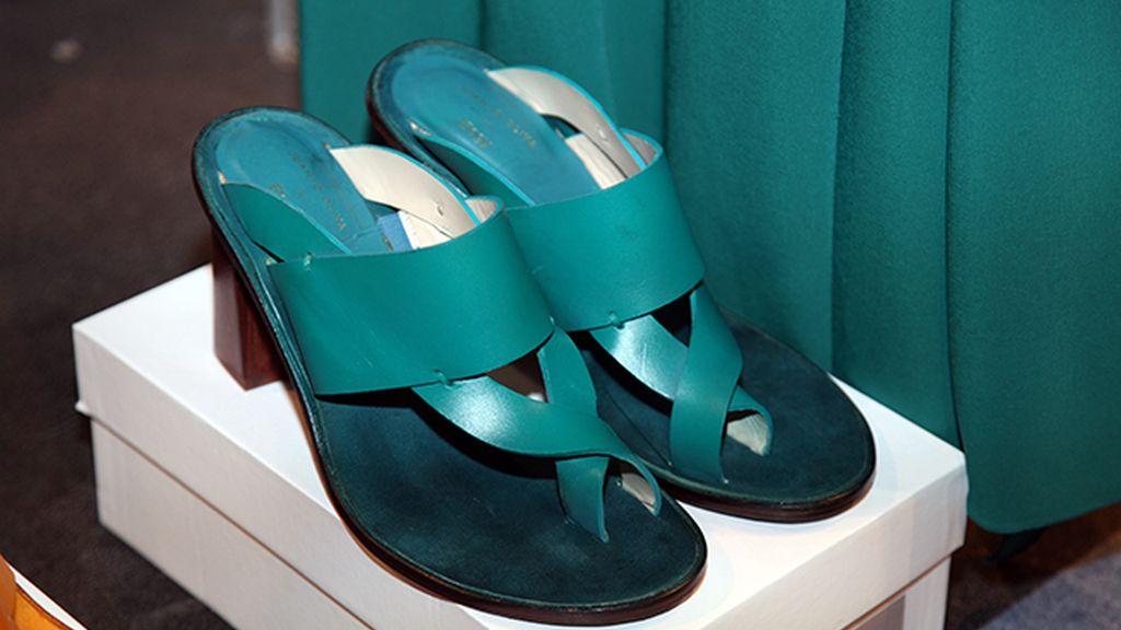 Jeff Bargues volvió a diseñar los zapatos para la nueva colección de Juanjo Oliva