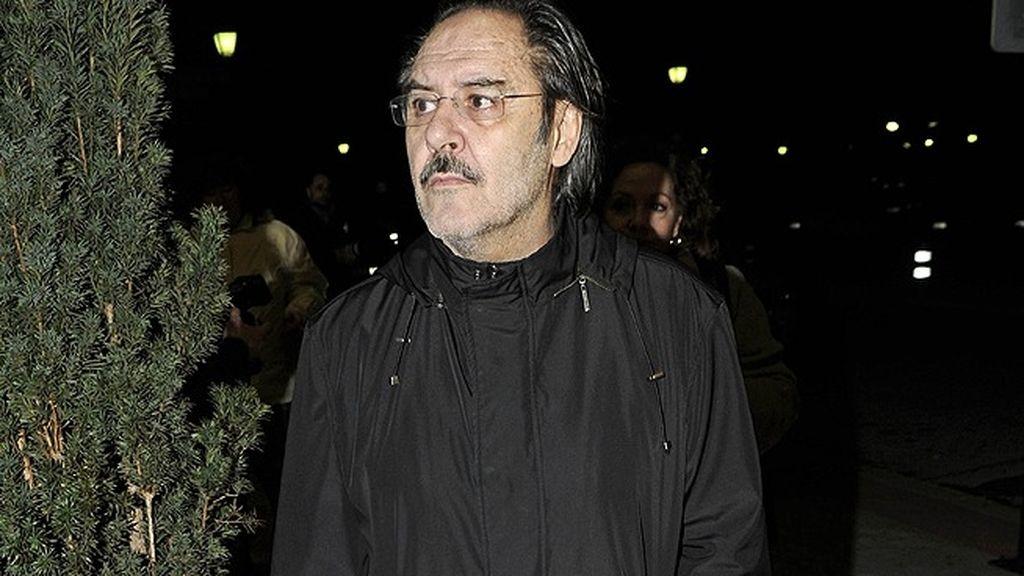 Santiago Ramos acudió al funeral de Fernando Guillén