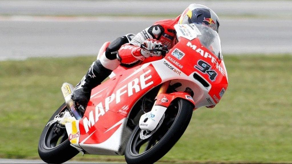 Jonas Folger en los primeros libres del GP de Malasia
