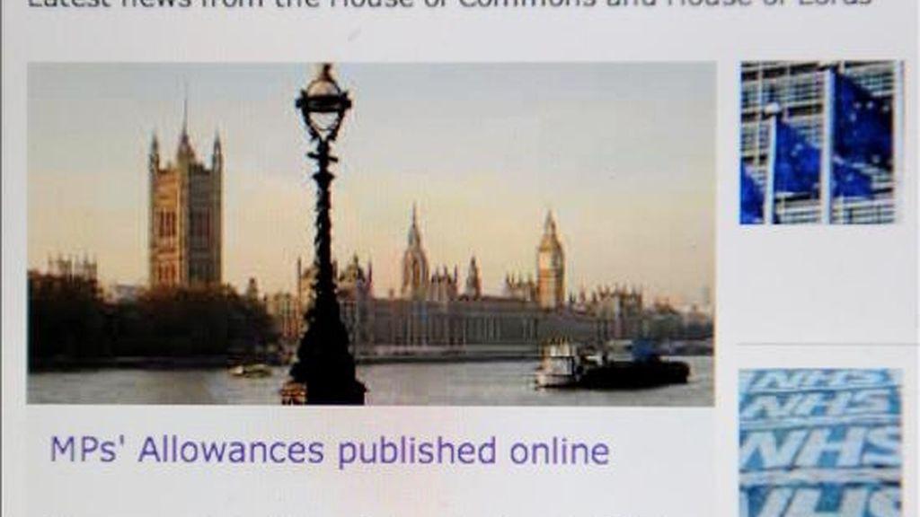 Página de internet del Parlamento británico en la que aparecen este jueves,  18 de junio, los justificantes de gastos de todos los parlamentarios de los últimos cuatro años pero ocultando varios detalles clave para proteger la privacidad y por motivos de seguridad. Los detalles obtenidos y publicados por el periódico Daily Telegraph condujeron a varias semanas de descubrimientos y la dimisión de varios diputados. EFE/Andy Rain