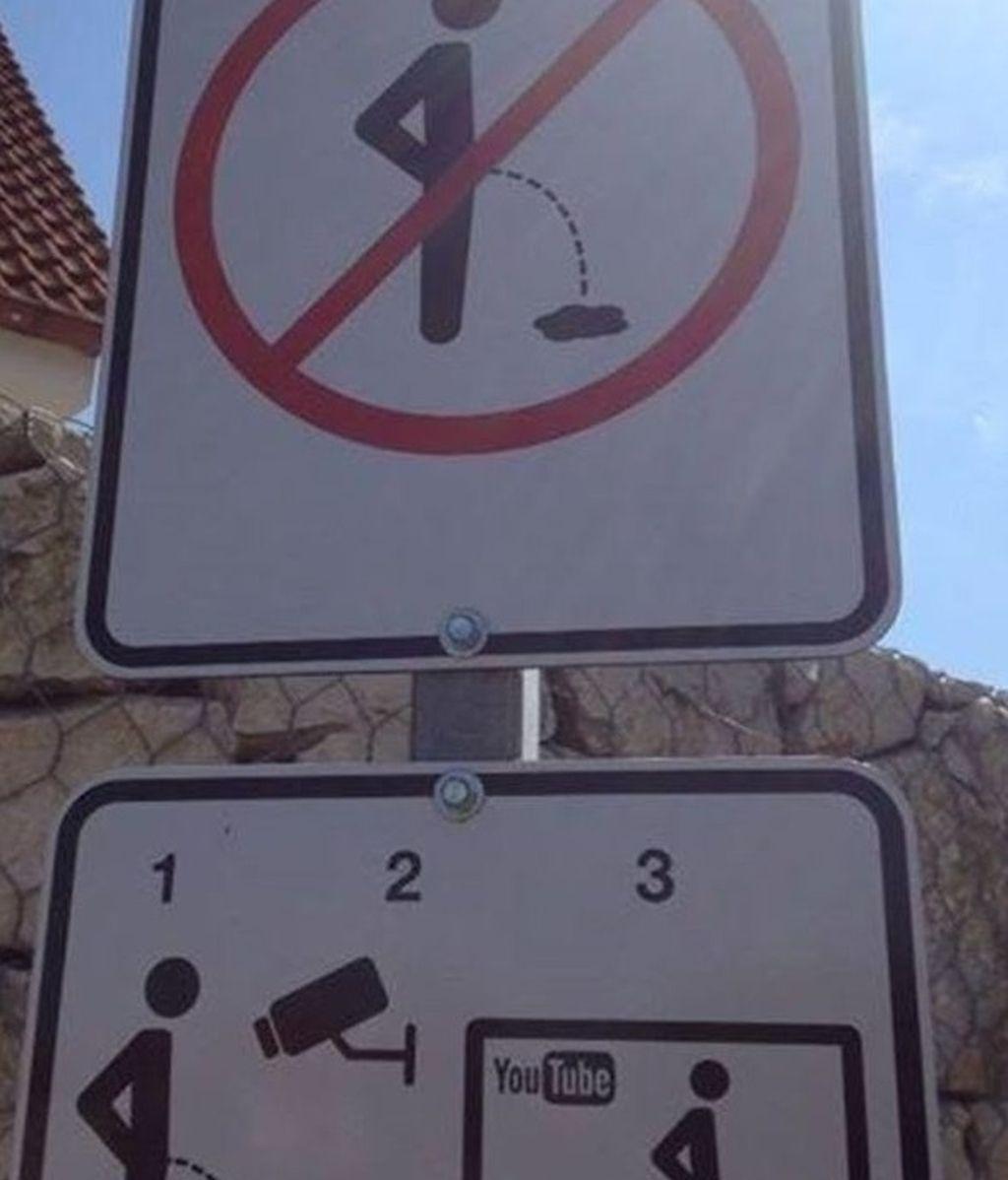Una forma diferente de que la gente no orine en la calle