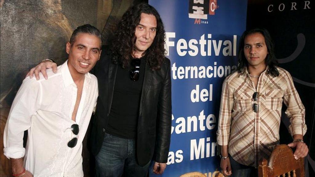 Pitingo (i), Tomatito (c) y Farruquito (d), entre otros artistas, presentaron hoy, en Madrid, la programación de la 51a edición del Festival Internacional del Cante de las Minas, la cita flamenca de carácter competitivo más importante desde hace décadas en el panorama flamenco mundial. EFE