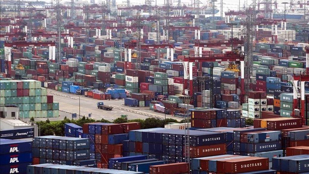 El comercio exterior, que en el cuarto trimestre de 2010 había agregado 3,3 puntos porcentuales al crecimiento del Producto Interior Bruto (PIB). EFE/Archivo