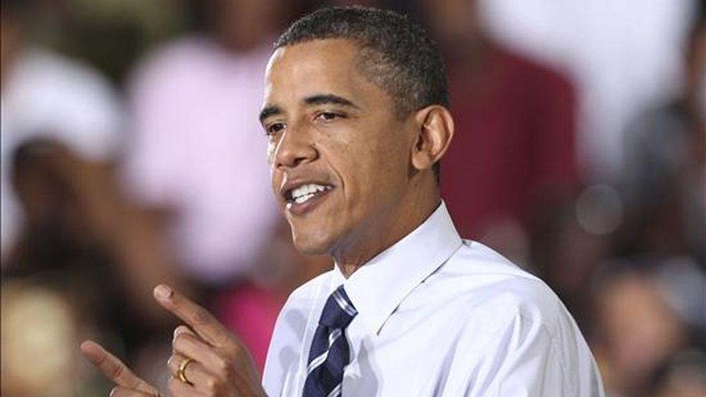 El presidente estadounidense, Barack Obama, ofrece un discurso tras su visita la planta de ensamblaje Jefferson Norte de Detroit, Michigan, (Estados Unidos), este 30 de julio. EFE