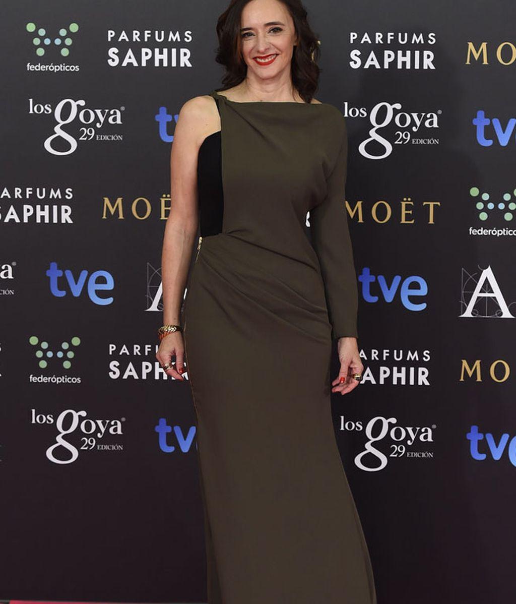 Ana Torrent con vestido de Juanjo Oliva y zapatos de Lodi