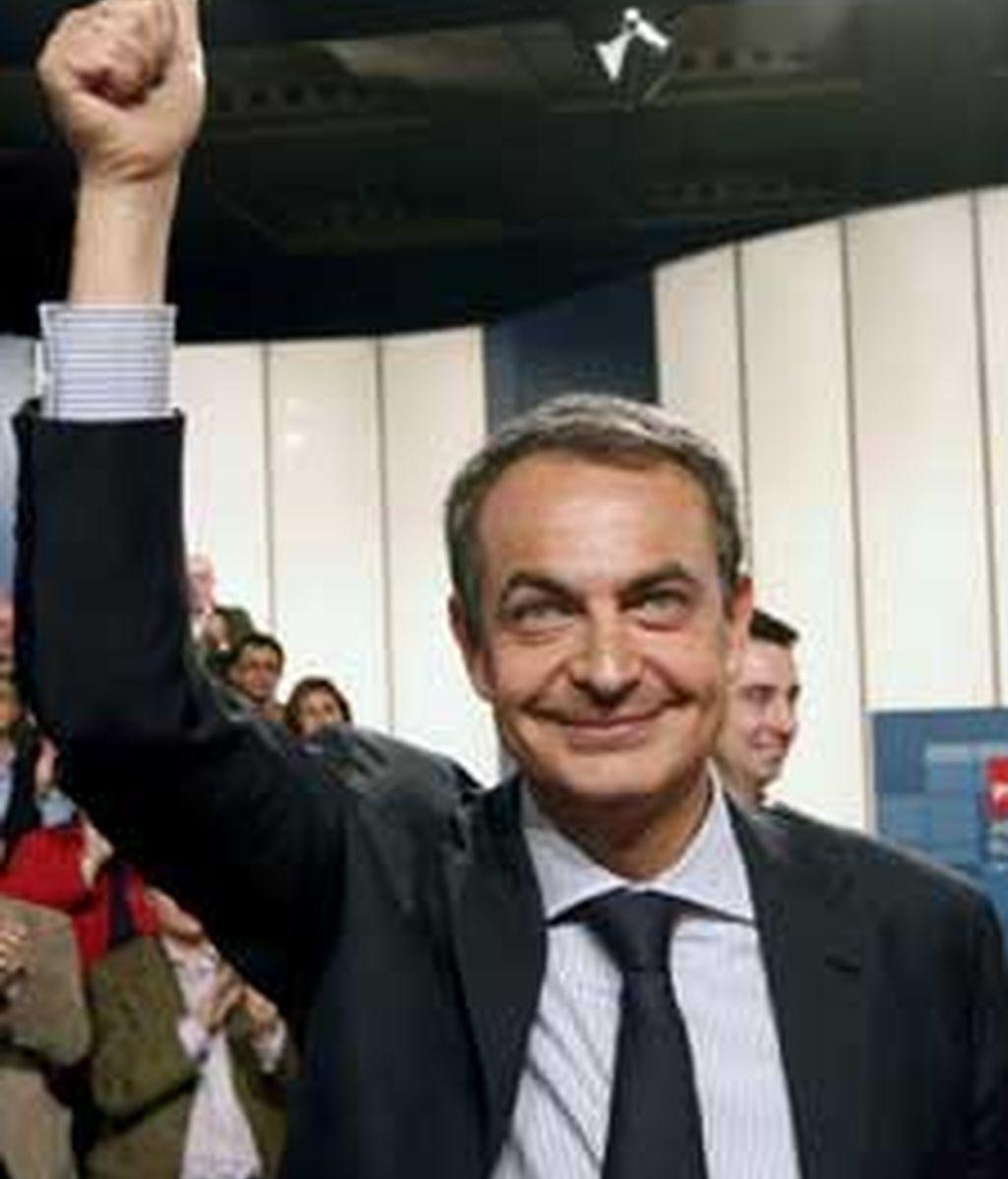 Zapatero ha hecho la promesa durante la reunión con alcaldes socialistas, portavoces municipales y presidentes de diputaciones gobernadas por el partido. Video: Atlas