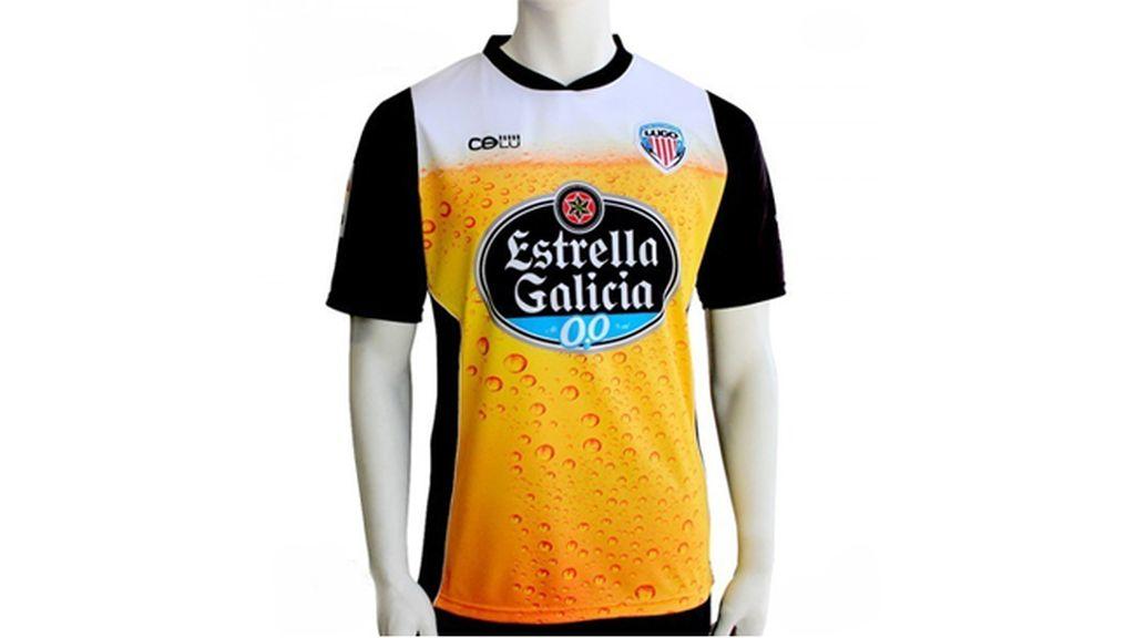 Las camisetas de fútbol más curiosas