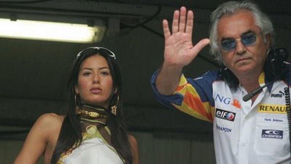 Briatore, junto a su futura esposa. Foto: Archivo