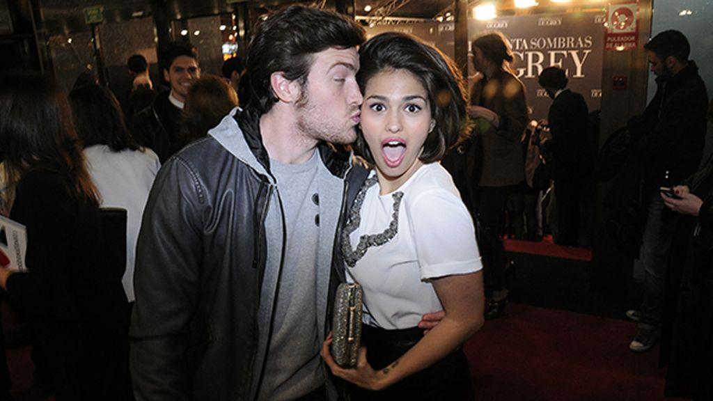 Raúl Mérida y Sara Sálamo acudieron en pareja a ver esta película, que se estrena muy oportunamente por San Valentín