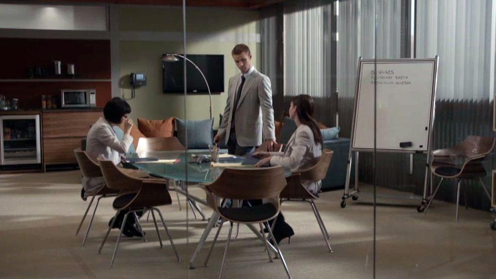 Kutner, Stacy, Amber y Cameron descienden a los infiernos