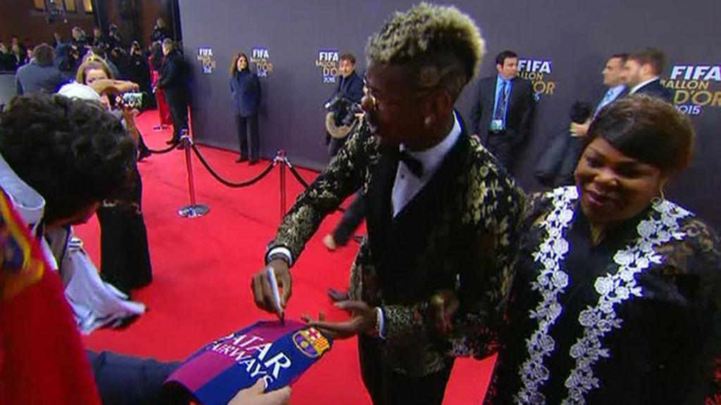 Pogba, ¿haciendo un guiño al Barça?